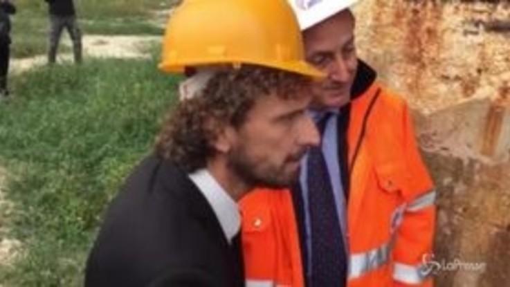 Viadotti a rischio, il sopralluogo del ministro Toninelli sulla A25
