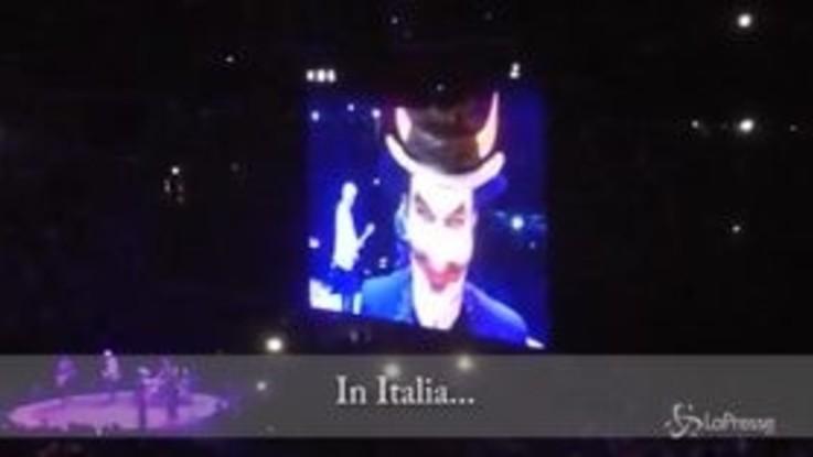 """Concerto U2 a Milano, Bono: """"Il diavolo in Italia? Il mio consiglio è Salvini"""""""