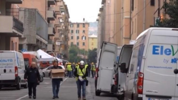 Ponte Morandi, a due mesi dal crollo gli sfollati rientrano a casa per recuperare i loro beni