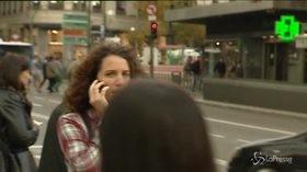 Sassari, multe ai pedoni distratti dal telefonino: è Smartphone Zombie