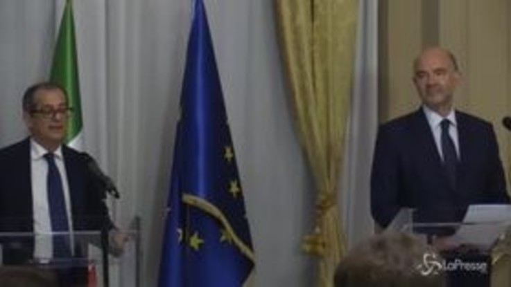"""Manovra, Tria: """"Si apre dialogo costruttivo con Ue, spero di avvicinare posizioni"""""""