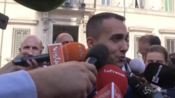 """Di Maio a Salvini: """"Daremo due copie del decreto così non si sbaglia"""""""