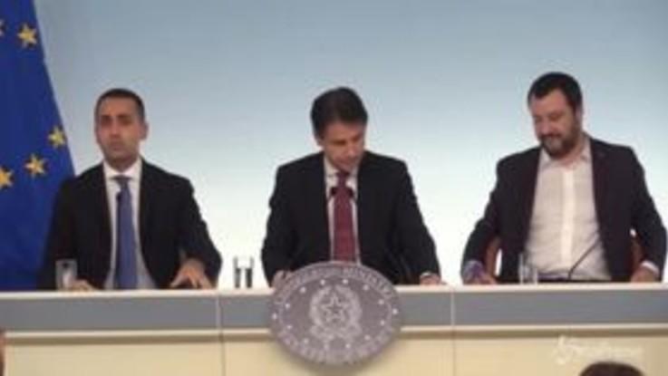 """Dl fiscale, Di Maio: """"Così nasce lo Stato amico dei più deboli"""""""