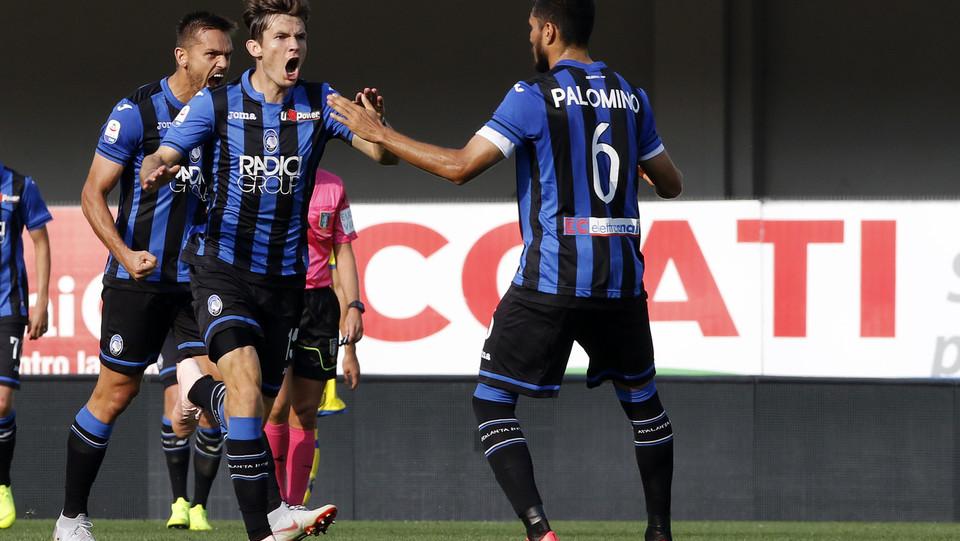 Il primo gol dell'Atalanta lo segna De Roon ©