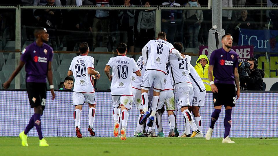 Subito risponde il Cagliari con il gol di Pavoletti ©