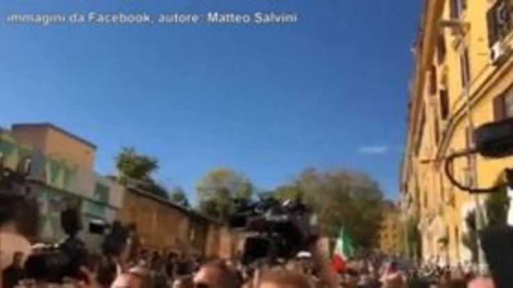 Desirée, il quartiere San Lorenzo si divide all'arrivo di Salvini