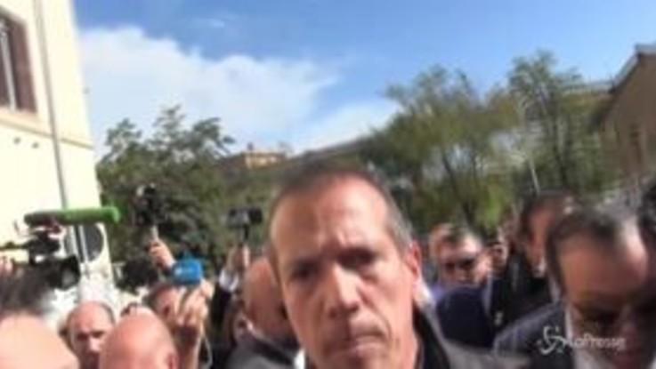 Roma, quartiere di San Lorenzo: Salvini spintona i giornalisti
