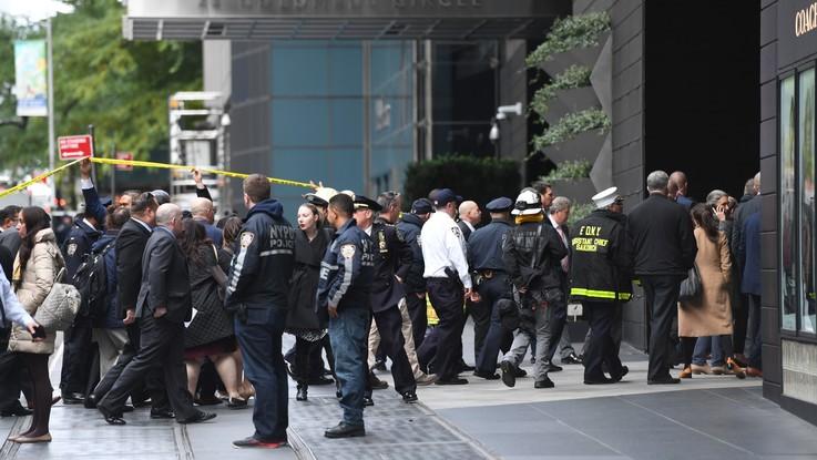 """Panico in Usa: pacchi bomba a Obama, Clinton e Cnn. Trump: """"Siamo uniti"""""""