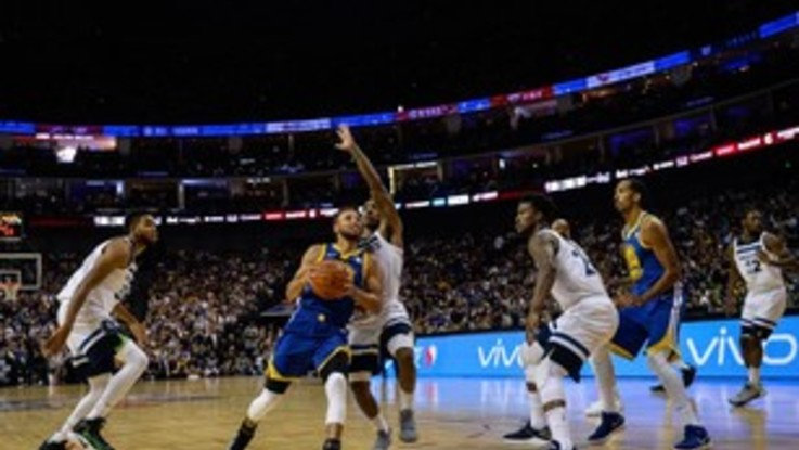 Basket Nba Sthephen Curry fa 51 punti per i Warriors contro i Wizards