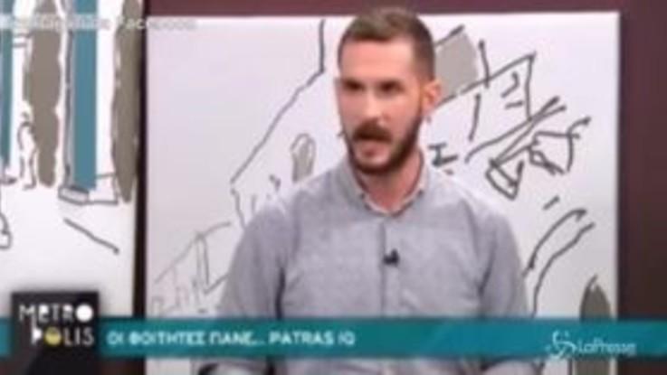 Grecia, la scossa di terremoto durante la trasmissione tv