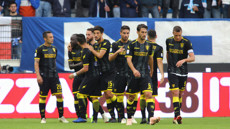 Serie A, primo sorriso per il Frosinone: Spal crolla 3-0 in casa