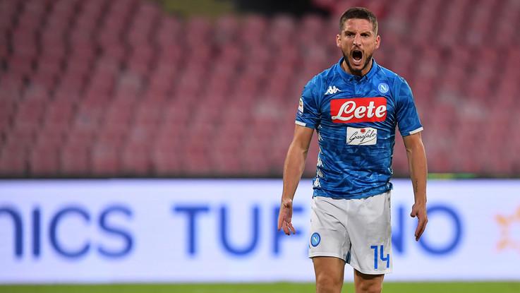 Serie A, Mertens al fotofinish riagguanta la Roma: Napoli 1-1 al San Paolo