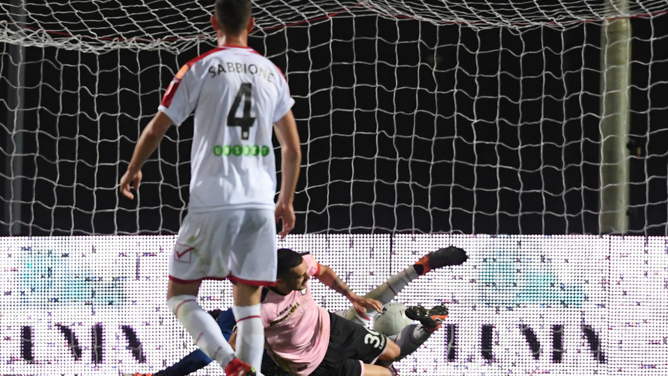 Carpi - Palermo 0-3 - Il gol di Nestorovski ©
