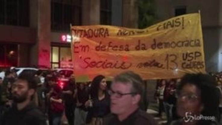 San Paolo, proteste contro il neo presidente Bolsonaro
