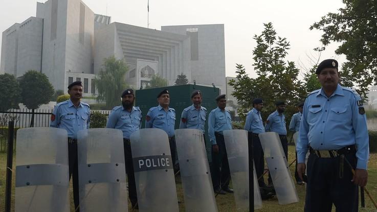 Pakistan, assolta la cristiana Asia Bibi, protestano i fondamentalisti