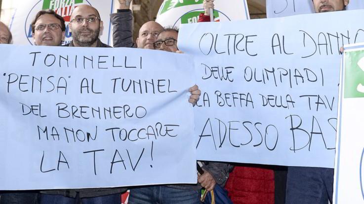 """Tav, Di Maio: """"Èun'opera che si fa per spendere soldi"""". Gli imprenditori: """"Non ha capito nulla"""""""