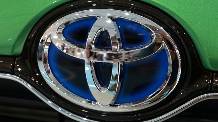 Toyota richiama 1,6 milioni di auto in tutto il mondo: problemi all'airbag