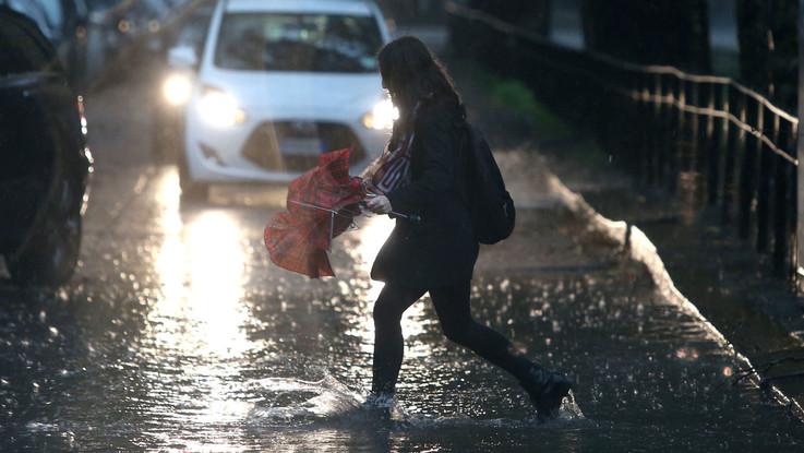 Torna il maltempo, temporali da nord a sud: il meteo del 1 e 2 novembre