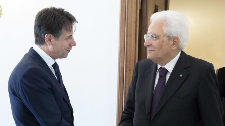 """Manovra, Mattarella invia lettera a Conte: """"Porre l'Italia al riparo dall'instabilità finanziaria"""""""