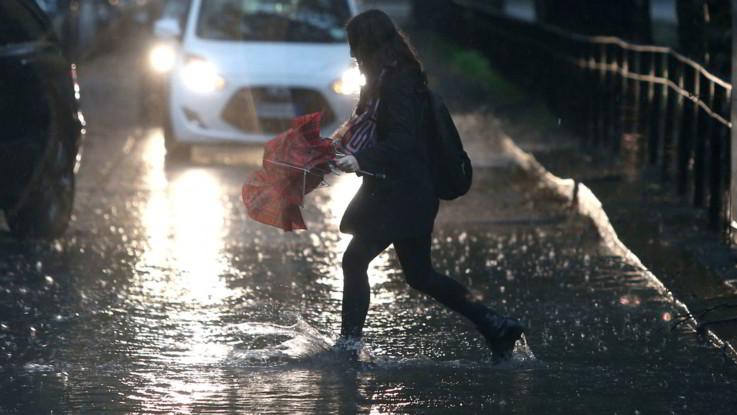 Il maltempo non dà tregua, temporali sull'Italia: l'allerta continua