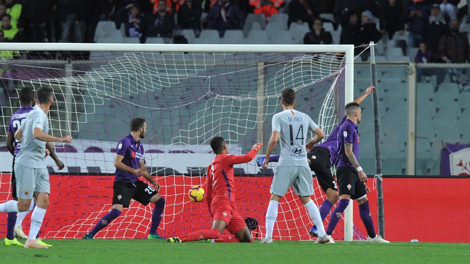 Florenzi segna l'1-1 dopo l'uscita di Lafont ©