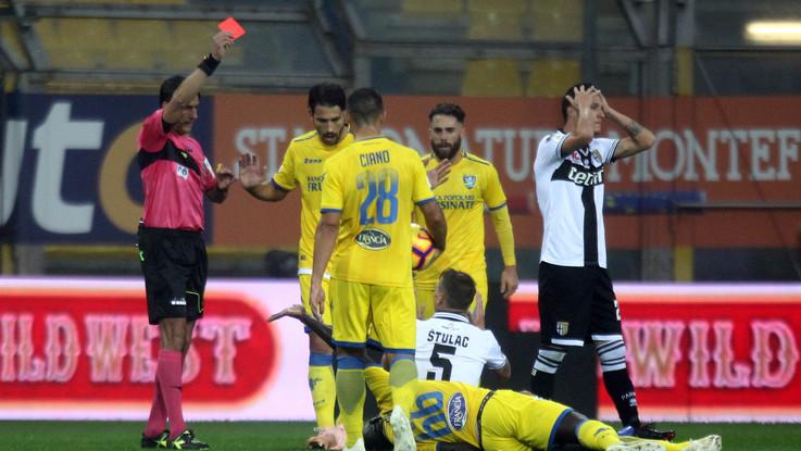 Serie A, follia Stulac ma Parma resiste: con Frosinone è 0-0