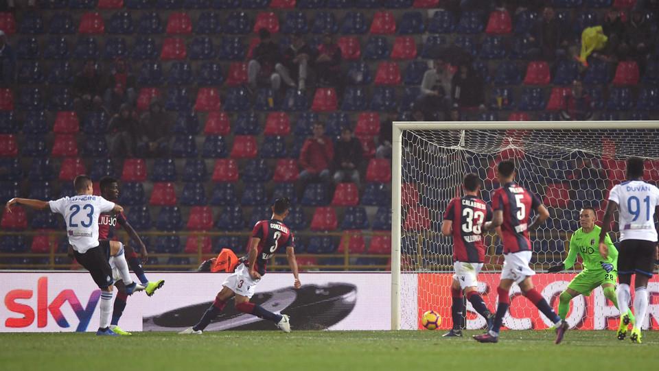 Mancini (Atalanta) firma il gol del pareggio ©