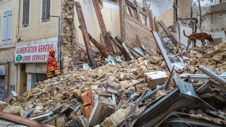 Marsiglia, trovato sesto corpo sotto le macerie degli edifici crollati