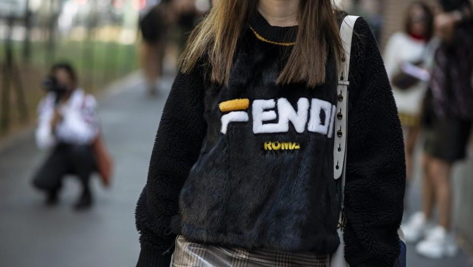 La casa di moda romana Fendi, fondata nel 1925 e famosa per le sue borse, è stata acquisita dal colosso del lusso francese Lvhm nel 1999 ©