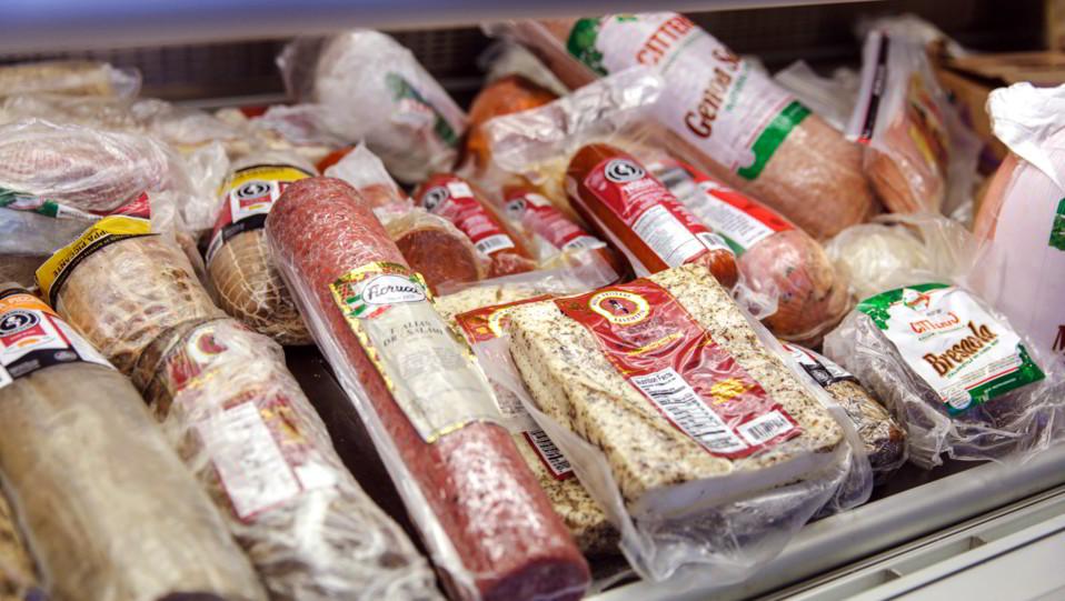 L'azienda salumificia pometina Cesare Fiorucci, fondata a Roma nel 1850 dal salumiere umbro Innocenzo Fiorucci, è stata acquisita dalla spagnola Campofrio Food Holding nel 2011 ©