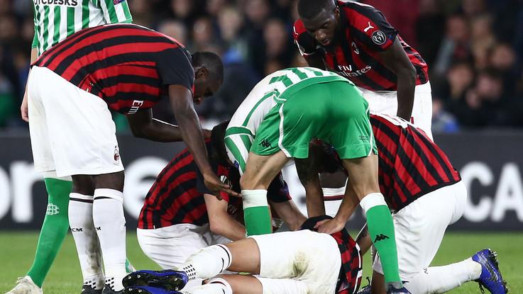 Paura durante Betis-Milan, Musacchio sviene in campo