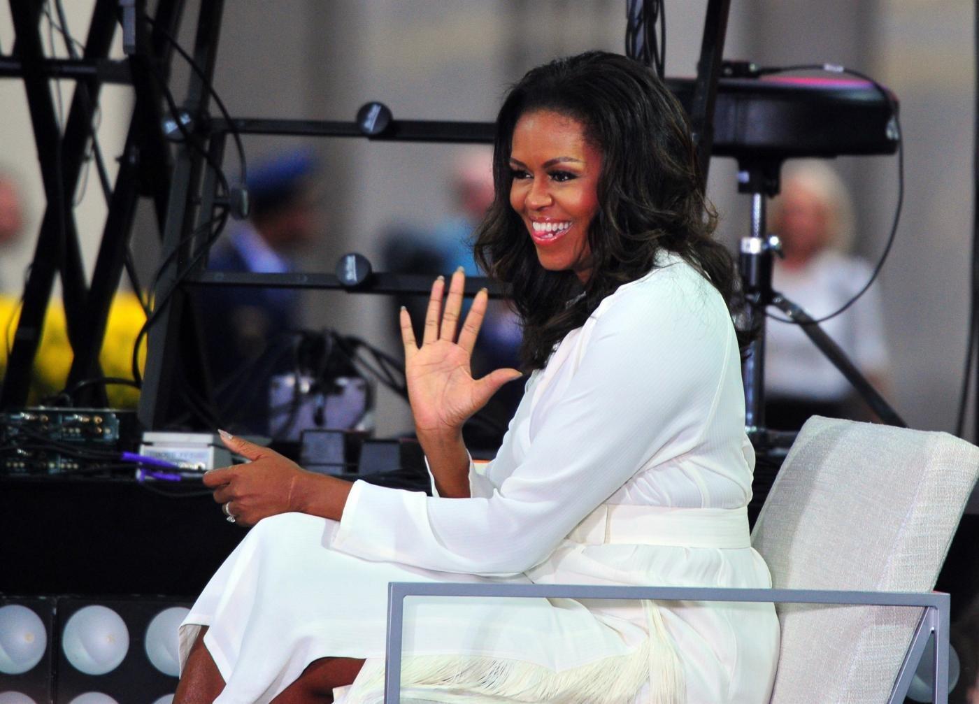 """Michelle Obama confessa: """"Ebbi un aborto, Malia e Sasha concepite in vitro"""""""