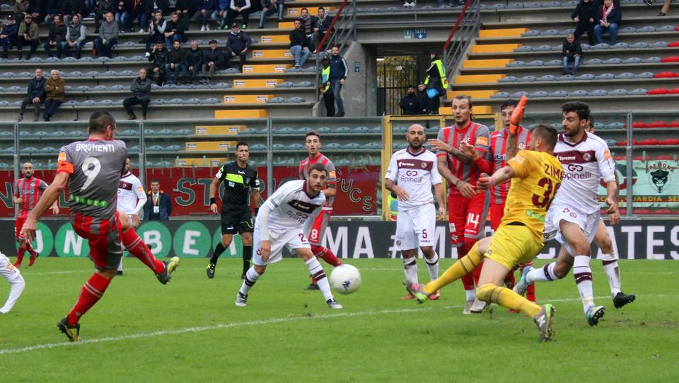 Cremonese-Livorno 1-0 - La rete di Brighenti ©