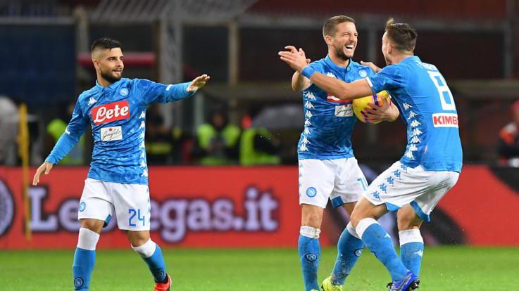 Serie A, nubifragio Marassi non ferma il Napoli: 2-1 al Genoa in rimonta