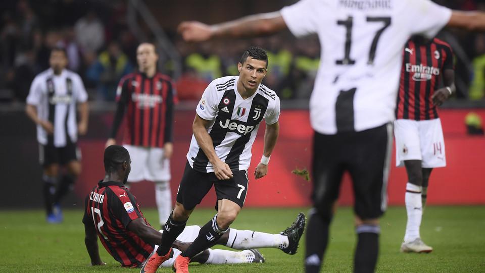 Ronaldo esulta dopo il gol ©