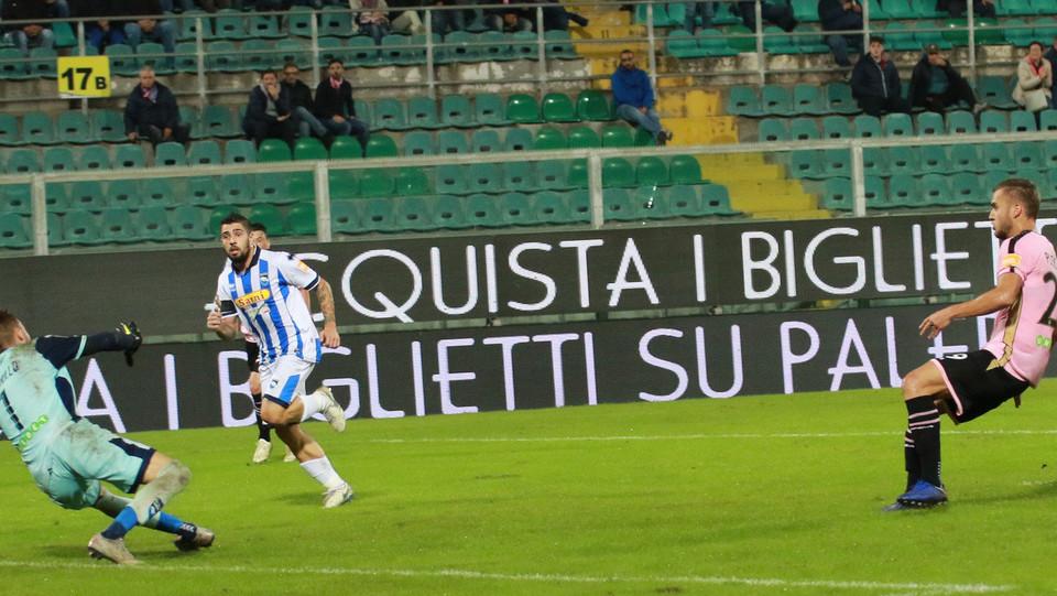 Palermo-Pescara 3-0. Puscas porta in vantaggio i rosanero ©