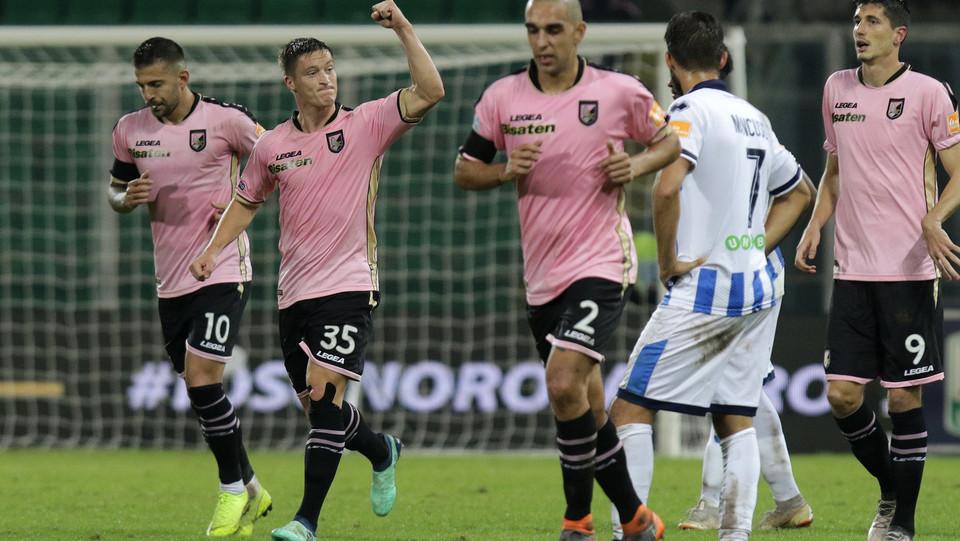 Palermo-Pescara 3-0. Murawski festeggia ©