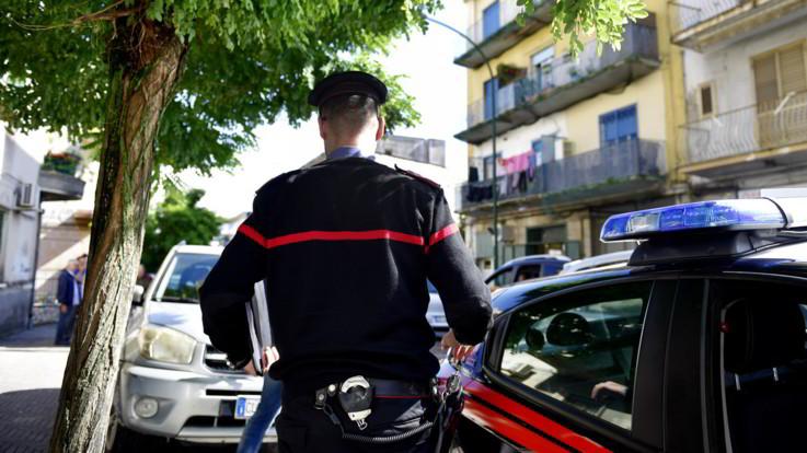 Cuneo, accoltella madre e zia, poi minaccia il suicidio: arrestato