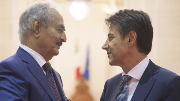 """Vertice sulla Libia, Conte accoglie Haftar: """"Il tuo contributo è importante"""""""