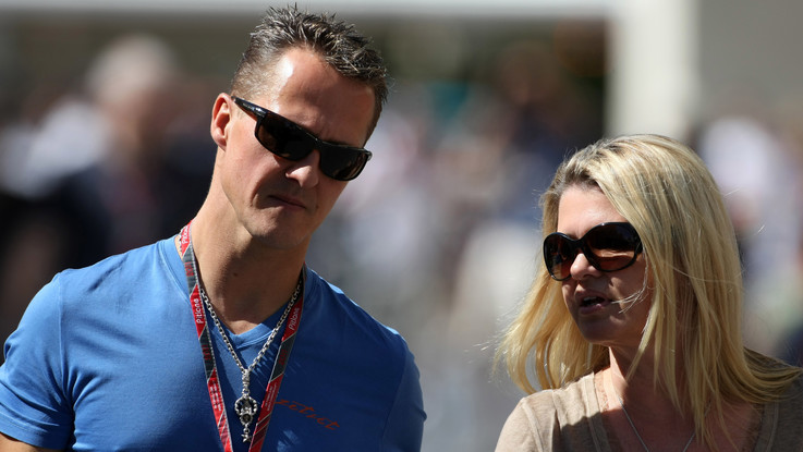 """F1, la moglie di Schumacher non perde la speranza: """"Michael è un combattente, non si arrenderà"""""""