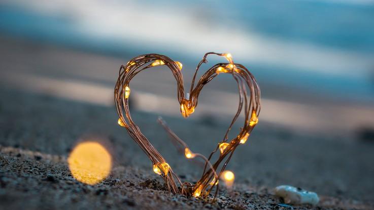 L'oroscopo di mercoledì 14 novembre: Vergine, al cuore non si comanda