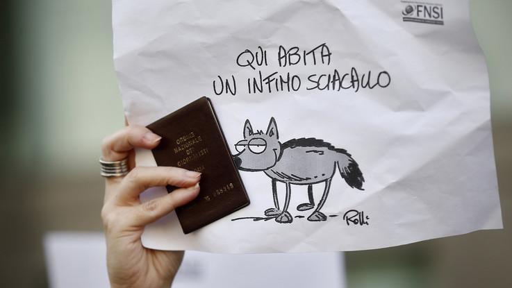 """""""Giù le mani dall'informazione"""", i giornalisti in piazza a Roma, Milano, Napoli e Torino"""