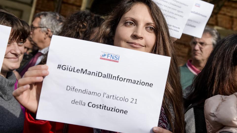 Il flashmob dei giornalisti a Torino ©