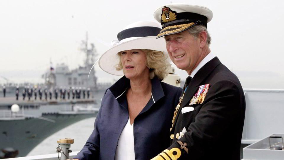 Carlo e Camilla all'anniversario della battaglia di Trafalgar a Portsmouth, in Gran Bretagna ©