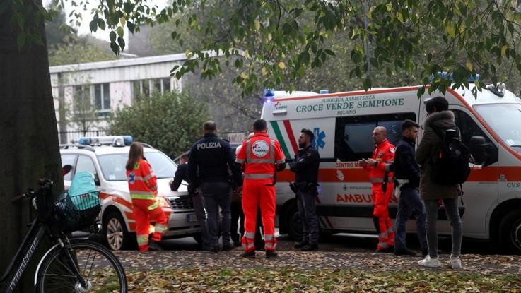 Paura in metro a Milano, due incidenti in un giorno: feriti e contusi