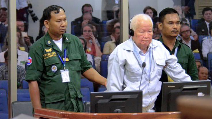 Cambogia, processo ai leader dei Khmer Rossi: colpevoli di genocidio