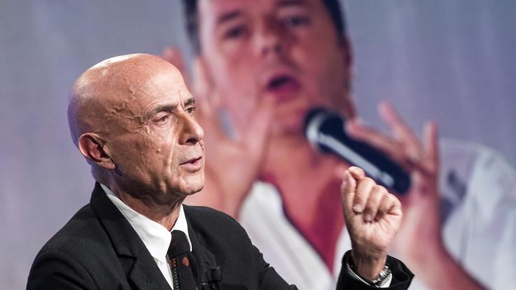 """Pd, Minniti c'è: """"Non mi manda Renzi"""". Calenda lo appoggia. Attesa per Martina"""