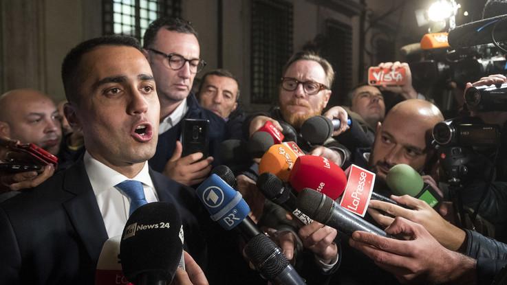 """Rifiuti, vertice di governo a Caserta. Di Maio: """"Gli inceneritori sono roba vintage"""""""