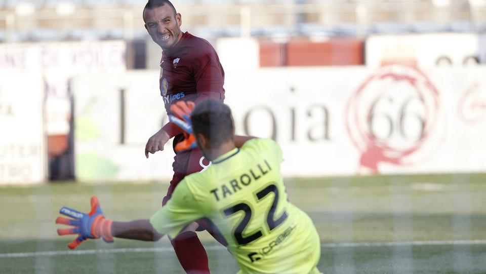 Trapani-Francavilla 3-1 - Il gol di Evacuo ©