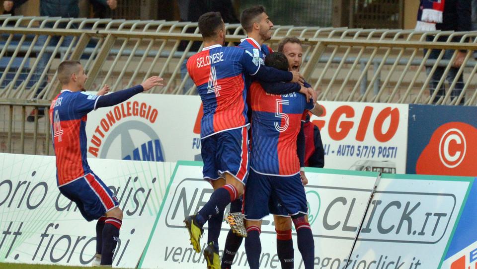 Sambenedettese-Feralpisalò 2-0 - Esultanza per il gol di Stanco ©